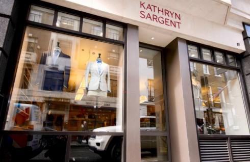 Cửa hàng của Kathryn tại 37 Savile Row