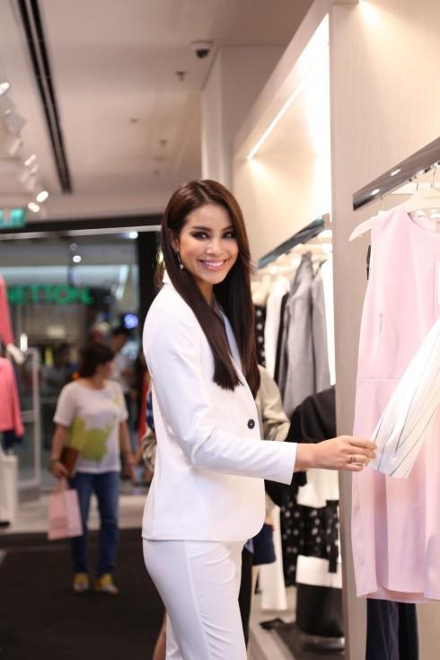 Mua sắm quần áo thời trang tại Mango Mega Store TP.HCM elle Vietnam 13Mua sắm quần áo thời trang tại Mango Mega Store TP.HCM elle Vietnam 13