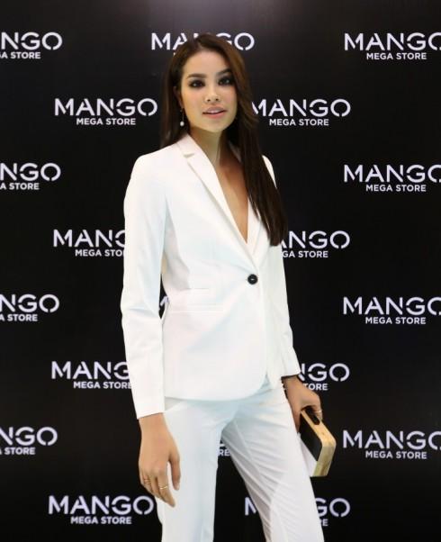 Mua sắm quần áo thời trang tại Mango Mega Store TP.HCM elle Vietnam 15