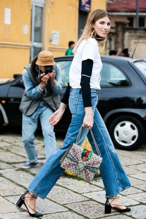 """Bạn nên cân nhắc sắm các loại jeans """"không phải skinny hay 70s jeans"""" để bắt nhịp xu hướng mới nhé!"""
