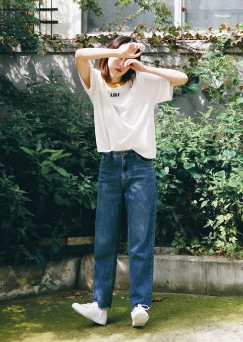 Giới trẻ ở các kinh đô thời trang châu Á đã nhiệt tình lăng xê loại quần jeans này từ mùa xuân 2015.