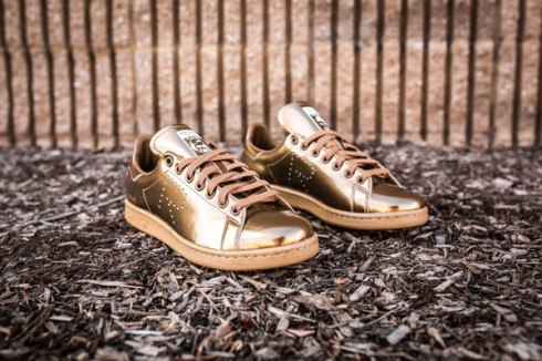 raf-simons-x-adidas-stan-smith-copper-3-2048x2048-1-870x580-1459081150357