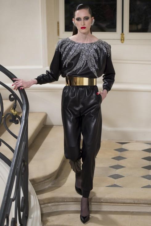 Nhiều phong cách đa dạng được thể hiện trong bộ sưu tập Haute Couture AW 2016 của Saint Laurent.