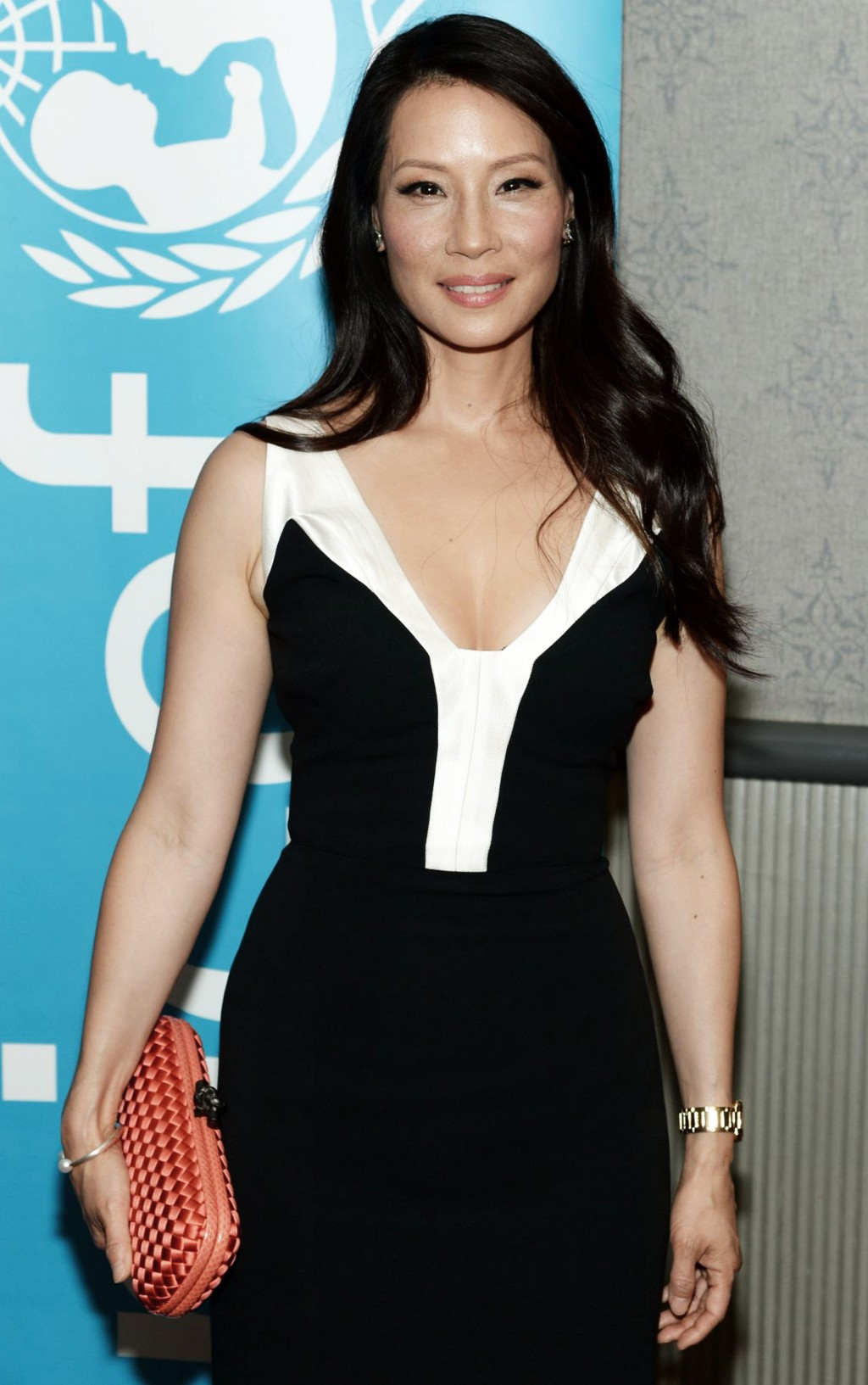 Nữ diễn viên Lucy Liu xuất hiện tại lễ công chiếu bộ phim Meena