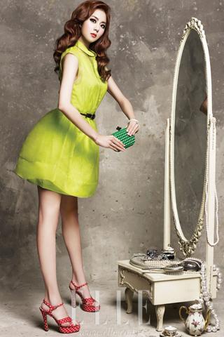 Bottega Veneta triển lãm 123 chiếc ví cầm tay Knot tại Việt Nam