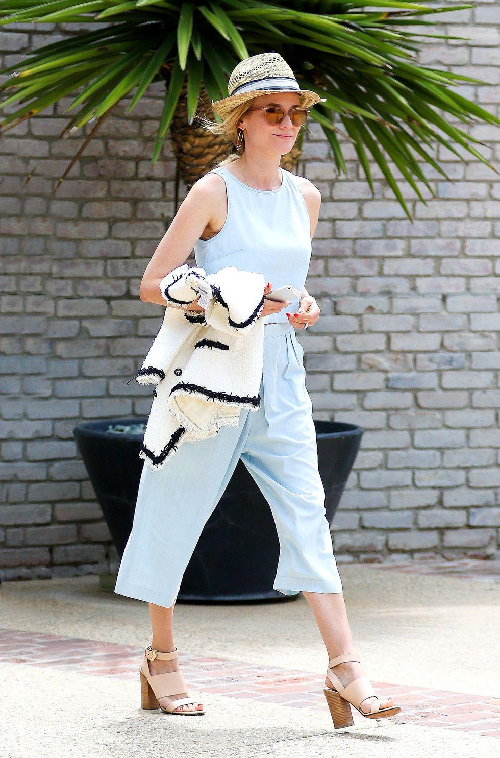 6 Cách mặc đẹp với quần lửng ống rộng elle Vietnam 01