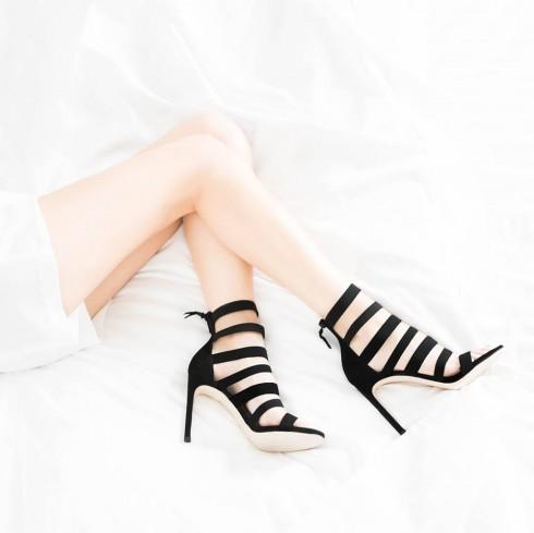 Stuart Weitzman shoes 09