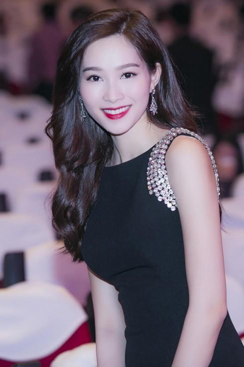 Phong cach thoi trang Dang Thu Thao 13