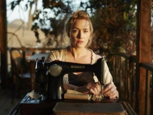 Thời trang trong phim: The Dressmaker (Thợ may báo thù)_ellevietnam8