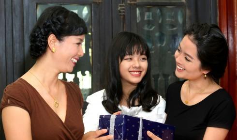Prima Gold ra mắt BST và nhiều ưu đãi mừng Ngày của Mẹ - ellevietnam 01