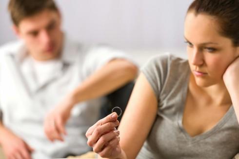 Được và mất gì khi li hôn?