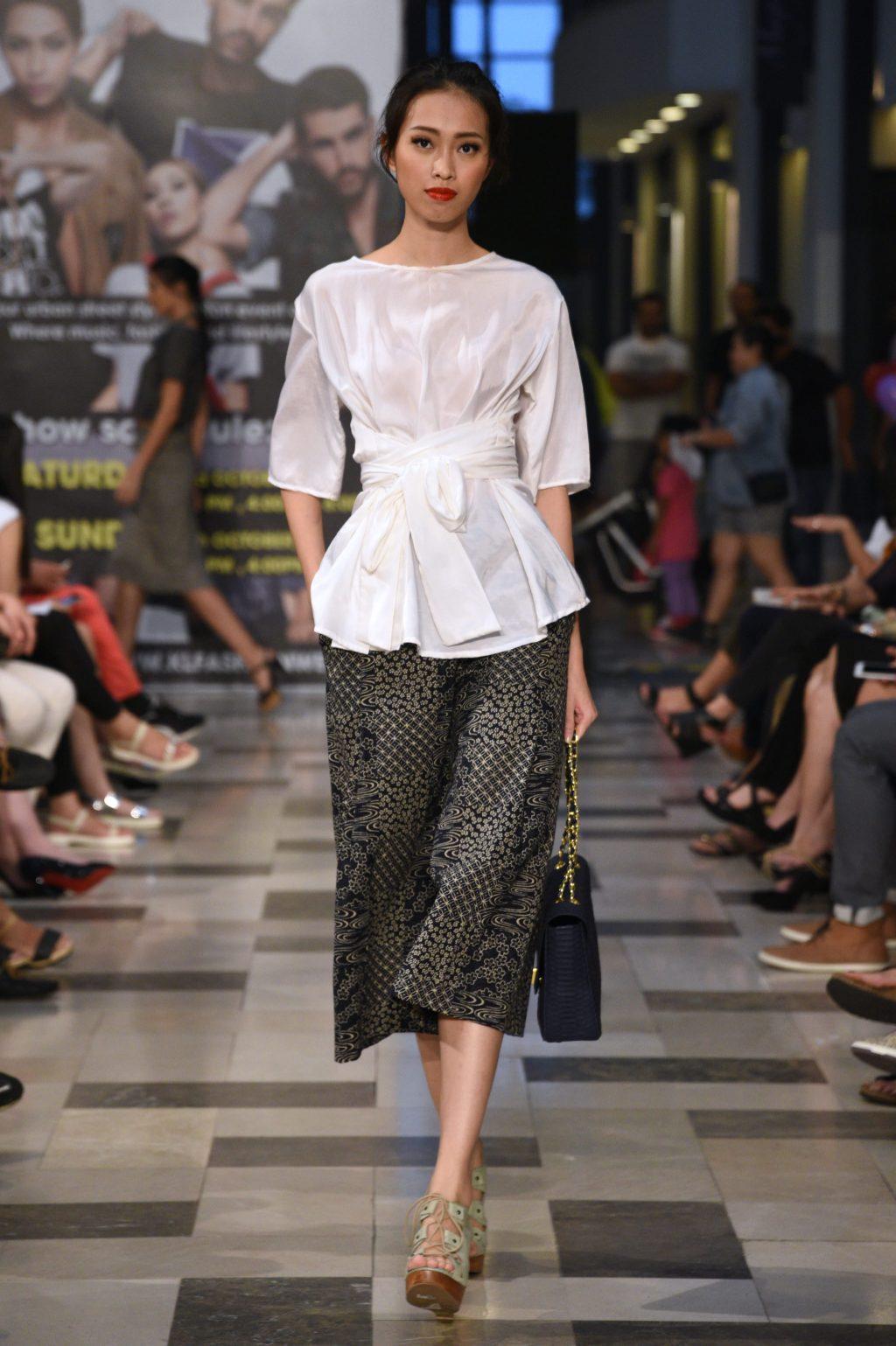 cách-mặc-đồ-đẹp-với-quần-lửng-ống-rộng-áo-peplum-1024x1539