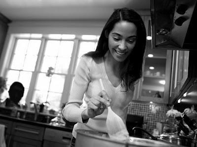 Em muốn nấu cho anh một bữa thật ngon và lãng mạn