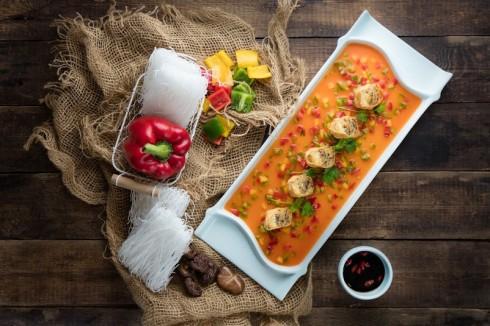 Những món ăn chay không chỉ được chăm chút để mang vị ngon nhất mà còn được bày biện khéo léo.