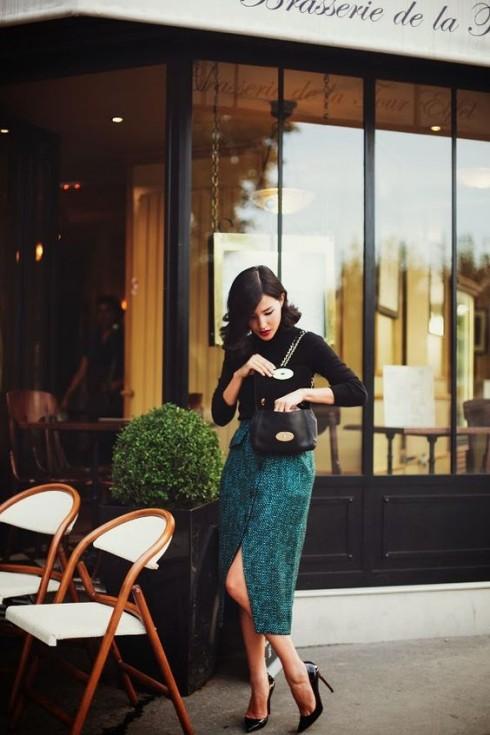 Sắc xanh mát mắt của chiếc váy mà bạn diện sẽ cộng điểm tối đa cho #ootd của bạn.