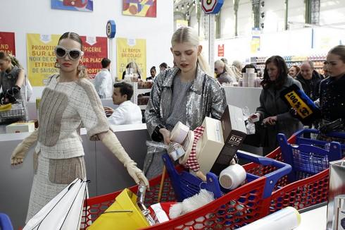 Shopping là liệu pháp xả stress hiệu quả
