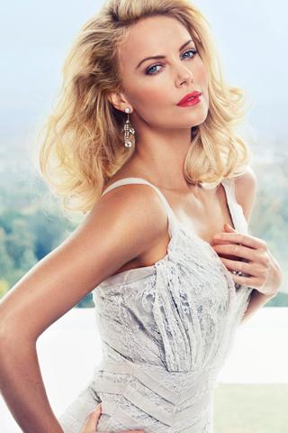 Bí quyết làm đẹp của nữ minh tinh 40 tuổi Charlize Theron