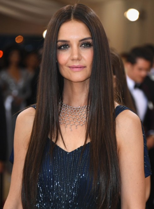 Katie Holmes chọn nữ trang Cartier