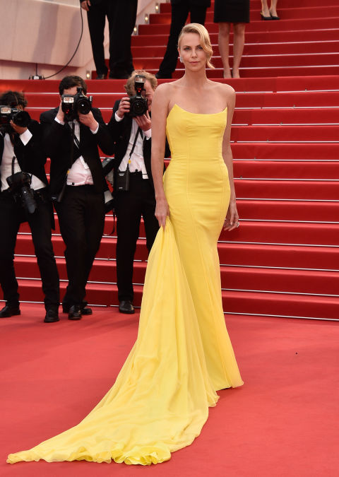 cannes-2015-charlize-theron-elle-vn