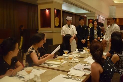 Đầu bếp cùng chia sẻ những nét ẩm thực đặc sắc mà ông mang đến Oven D'or trong những ngày ẩm thực tháng 5 này.