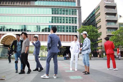 chuyen hau truong vietnam designer fashion week_ellevietnam1 (12)