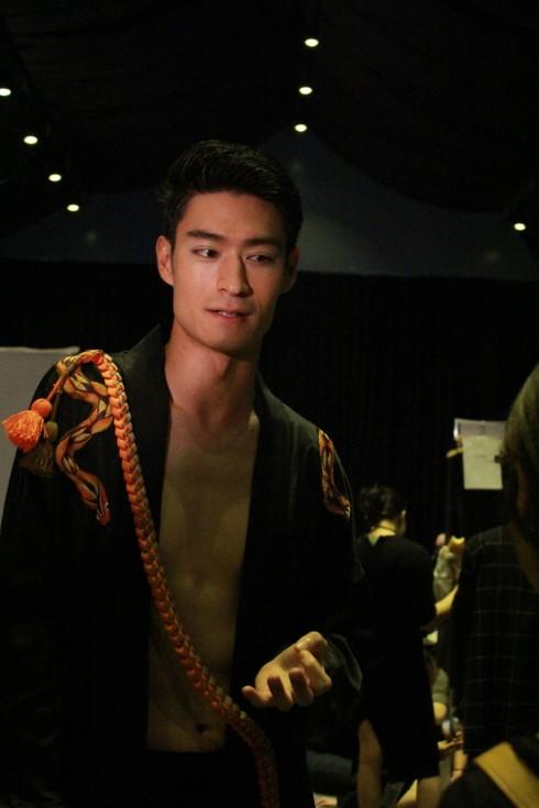 chuyen hau truong vietnam designer fashion week_ellevietnam1 (16)