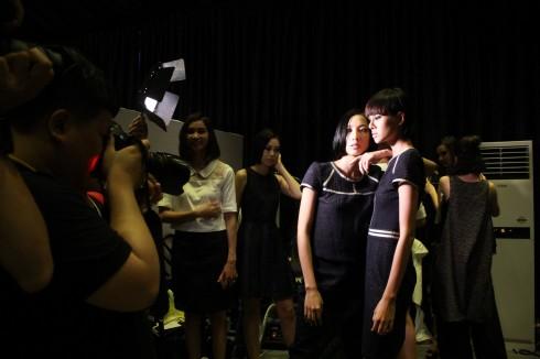 chuyen hau truong vietnam designer fashion week_ellevietnam1 (18)