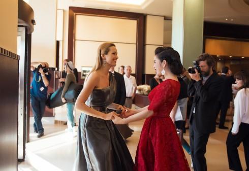 Lý Nhã Kỳ nổi bật với sắc đỏ cổ điển tại Cannes 2016 07