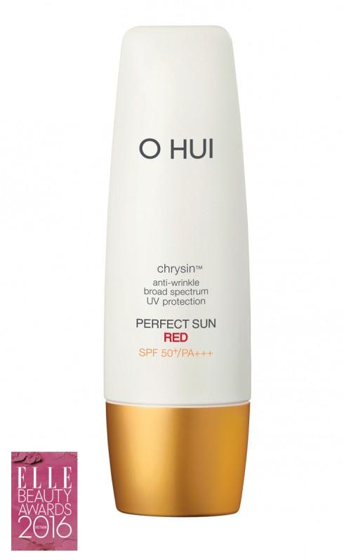 <strong>1. O HUI PERFECT SUN RED SPF 50+ PA+++</strong><br/>Sản phẩm chống nắng 2 trong 1 vừa giúp chống lại tia UV mạnh mẽ, vừa có khả năng dưỡng ẩm chống nhăn, chống lão hóa; thẩm thấu vào da nhanh chóng, không gây dính rít, bóng nhờn, cho cảm giác sử dụng nhẹ nhàng, dễ chịu. Giá: 810.000 VNĐ