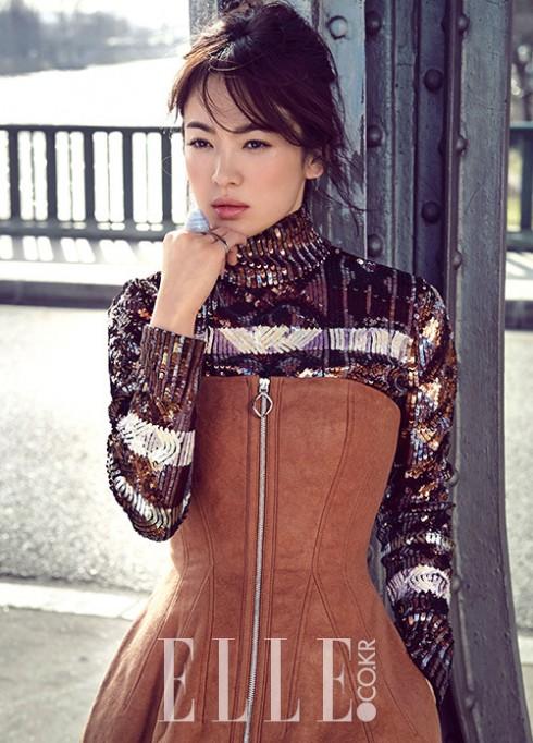 Kiểu tóc ấn tượng của Song Hye Kyo qua từng thời kì - ELLE Việt Nam (14)