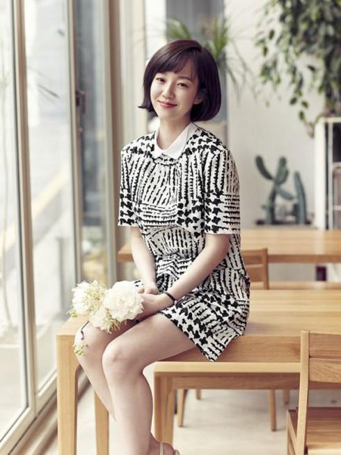 Nữ diễn viên Lim Soo Jung trẻ trung ở ngưỡng U40 6