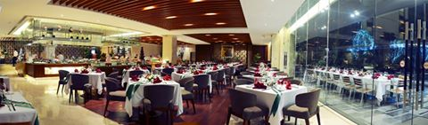 gói khuyến mãi mua 3 voucher ăn tại nhà hàng Lackah, bạn sẽ được tặng thêm một voucher ăn