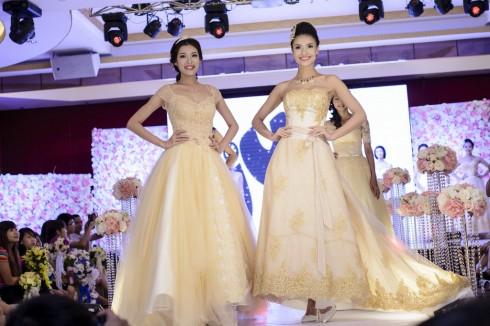 những màn trình diễn váy cưới ấn tượng đến từ các thương hiệu hàng đầu