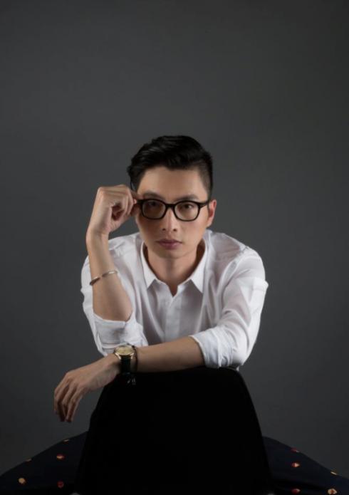Anh Nguyễn Danh Quý – Nhà báo, hiện là Trưởng Ban biên tập tạp chí ELLE Việt Nam