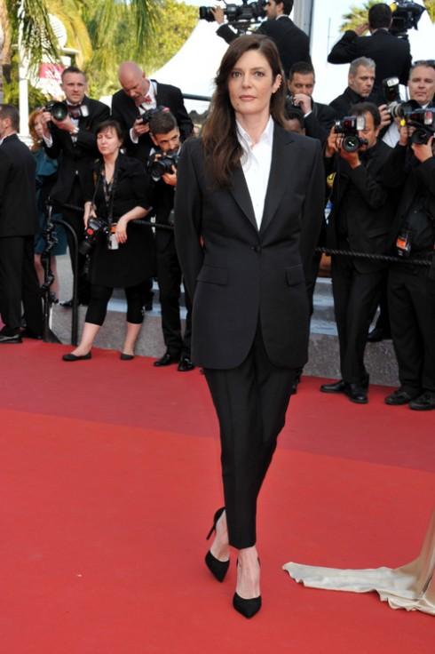 Chiara Mastroianni<br/>Tuxedo :Brioni Trang sức: Repossi