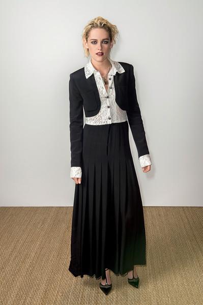 Những khoảnh khắc sao diện vest nữ đẹp Kristen Stewart - Chanel