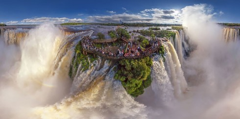Thác Iguazu, tại biên giới của Argentina và Brazil