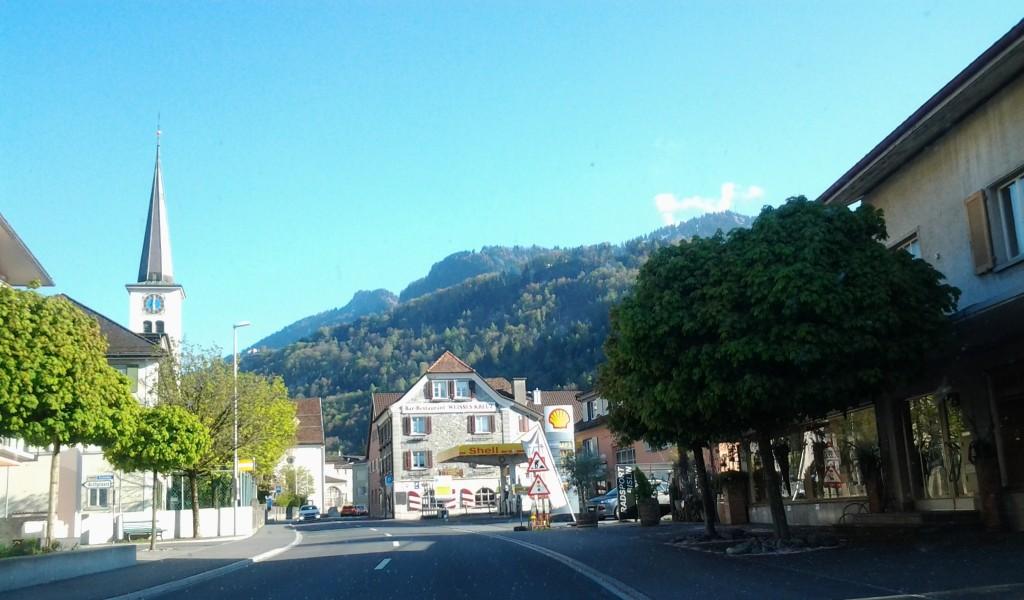 Du lịch châu Âu vùng phố núi 14