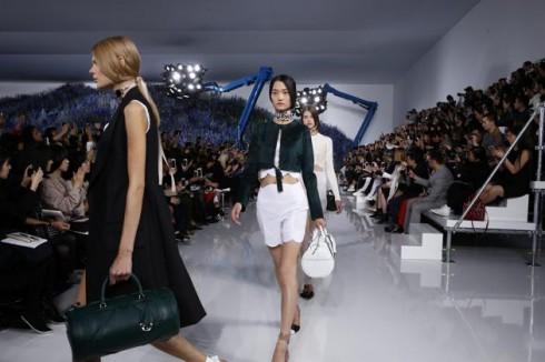thoi trang xuan he Dior 2016 image 02 elle
