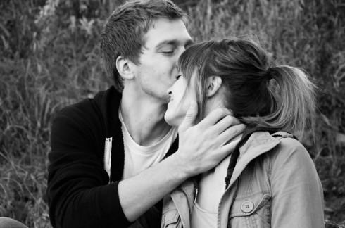 Tình yêu chứa đựng nhiều cung bậc diệu kỳ.