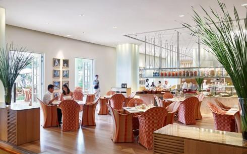 Nhà hàng Opera với không gian ấm cúng, sang trọng