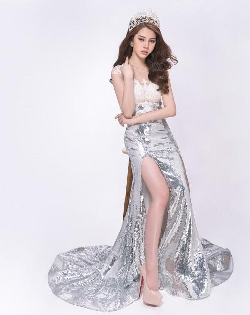 Hoa hậu Jolie Nguyễn