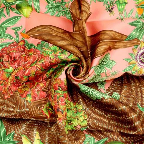 Các hoa văn tuyệt đẹp trên chiếc khăn lụa Hermes nghìn đô Passiflores, Valerie Dawlat Dumoulin