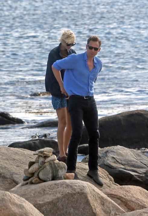 Taylor Swift lộ ảnh hẹn hò ngọt ngào với Tom Hiddleston 12