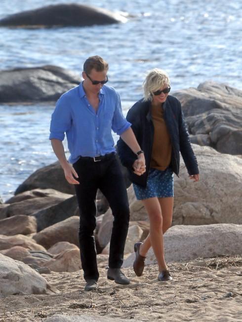 Taylor Swift lộ ảnh hẹn hò ngọt ngào với Tom Hiddleston 15