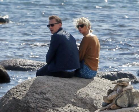 Taylor Swift lộ ảnh hẹn hò ngọt ngào với Tom Hiddleston 3