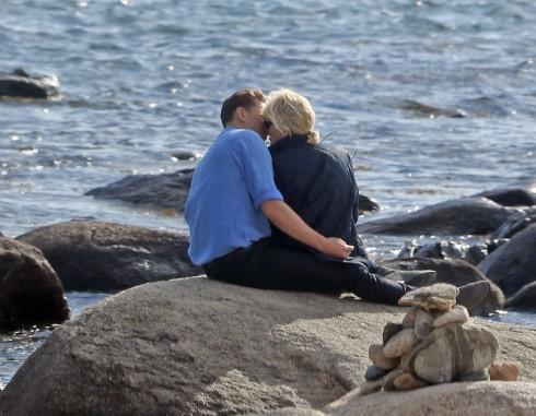 Taylor Swift lộ ảnh hẹn hò ngọt ngào với Tom Hiddleston 4