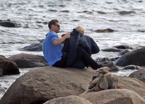 Taylor Swift lộ ảnh hẹn hò ngọt ngào với Tom Hiddleston 8