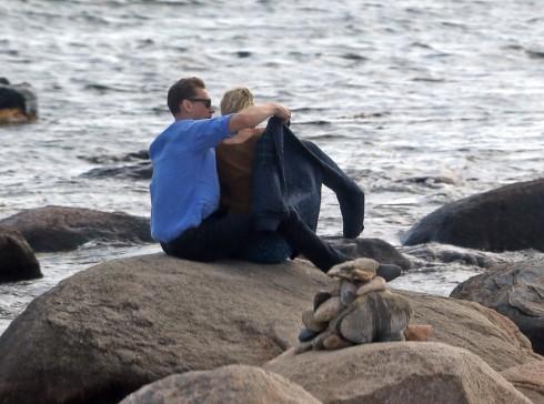 Taylor Swift lộ ảnh hẹn hò ngọt ngào với Tom Hiddleston 7