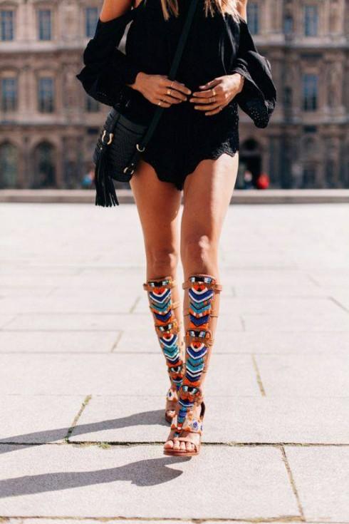 Phong cách thời trang boho chic qua sandal